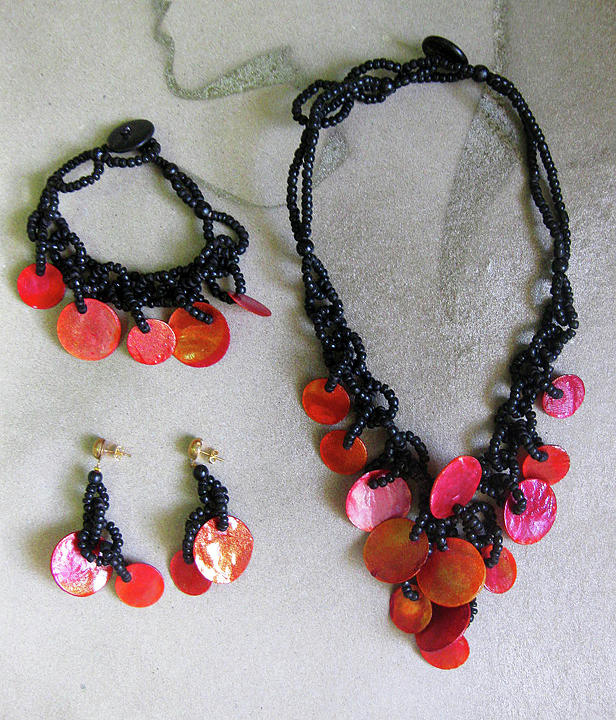Necklace Jewelry - Pinococo 11-392 Orange by Lyn Deutsch