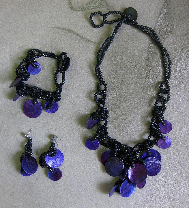 Necklace Jewelry - Pinococo 11-392 Purple by Lyn Deutsch