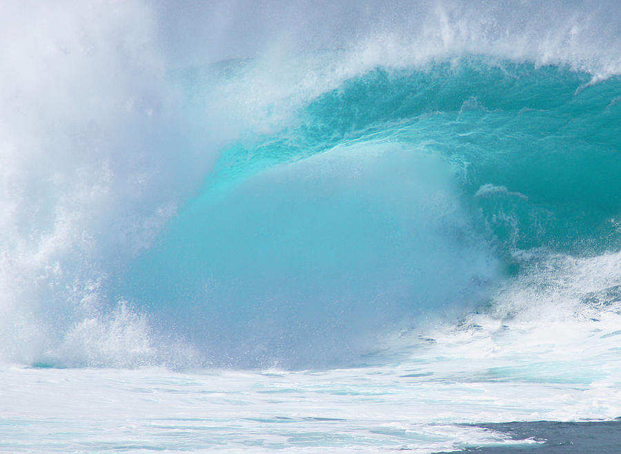 Hawaii Photograph - Pipeline First Reef by Kevin Smith