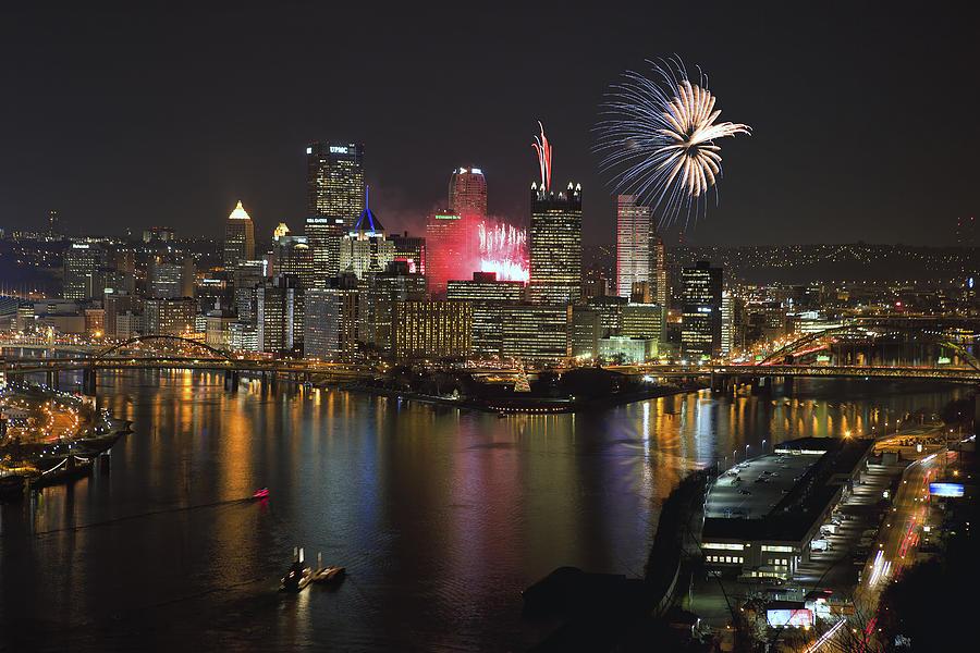 Steelers Photograph - Pittsburgh 3 by Emmanuel Panagiotakis