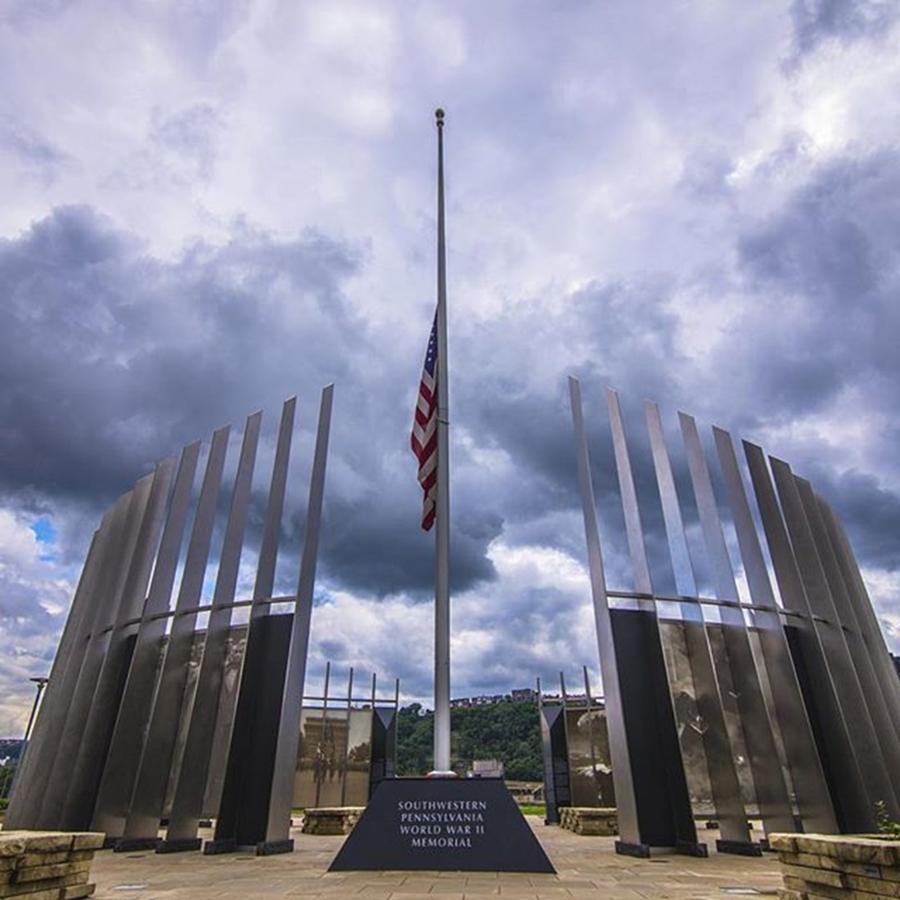 Bridge Photograph - Pittsburgh War Memorial Just Outside by David Haskett II