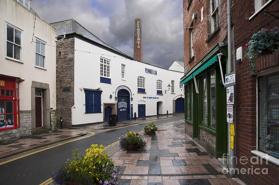 Plymouth Photograph - Plymouth Gin Distillery by Donald Davis