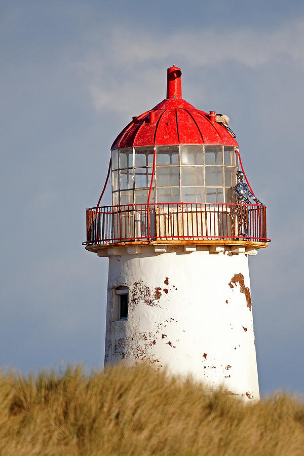 Wales Photograph - Point Of Ayr Lighthouse North Wales by Bob Kemp