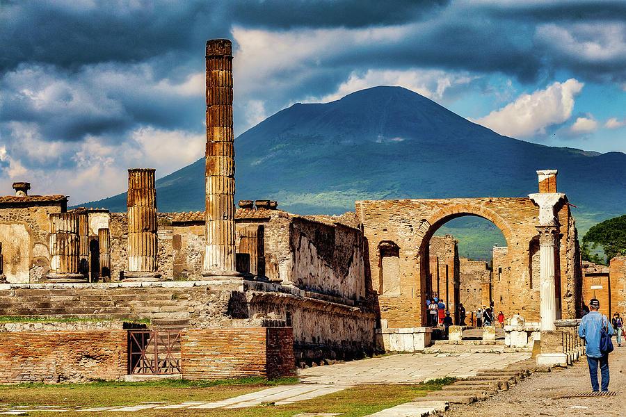 Pompeii Photograph - Pompeii Redeux by Ed Tepper