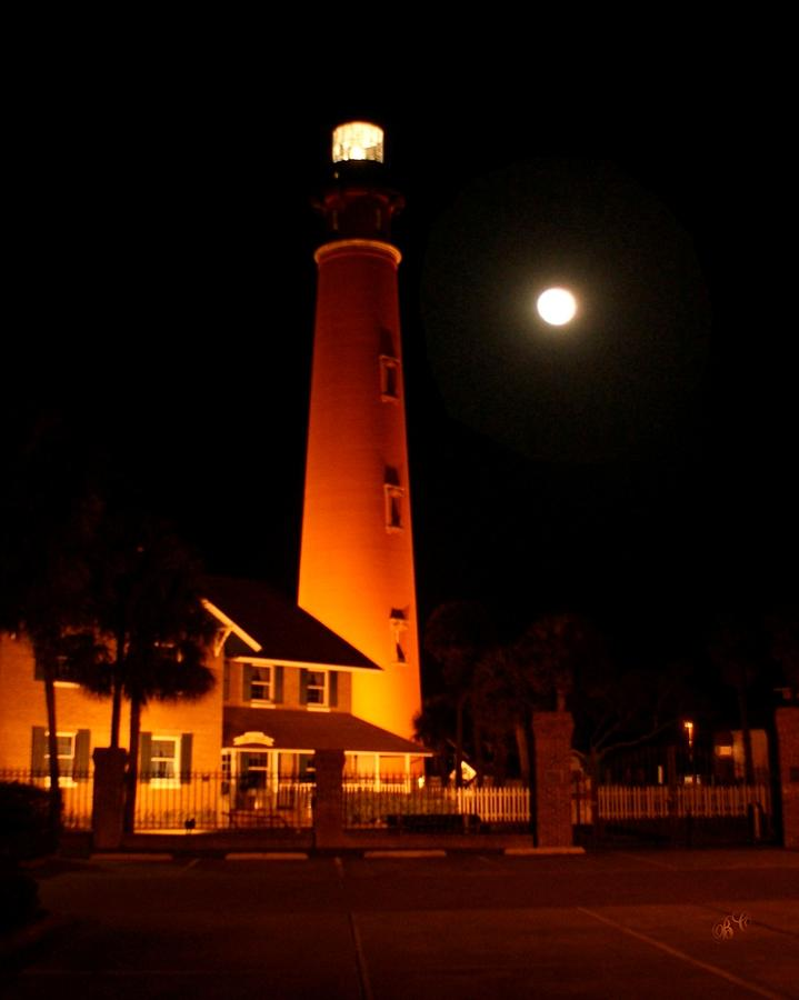Ponce Digital Art - Ponce Light At Night by Buddy Campbell