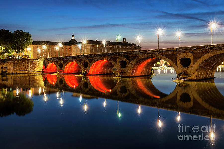 Pont Neuf Photograph - Pont Neuf In Toulouse by Elena Elisseeva