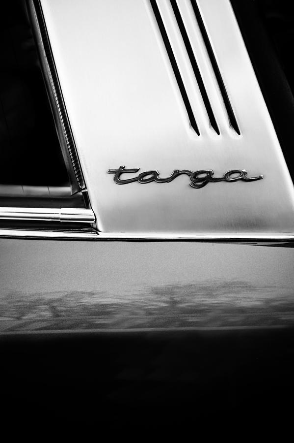 Bw Photograph - Porsche 911 S Targa Emblem -ck0100bw by Jill Reger