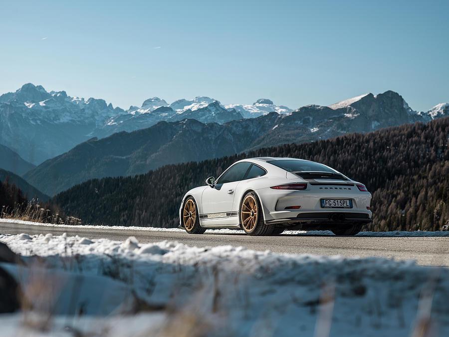 Porsche 911r Photograph by George Williams