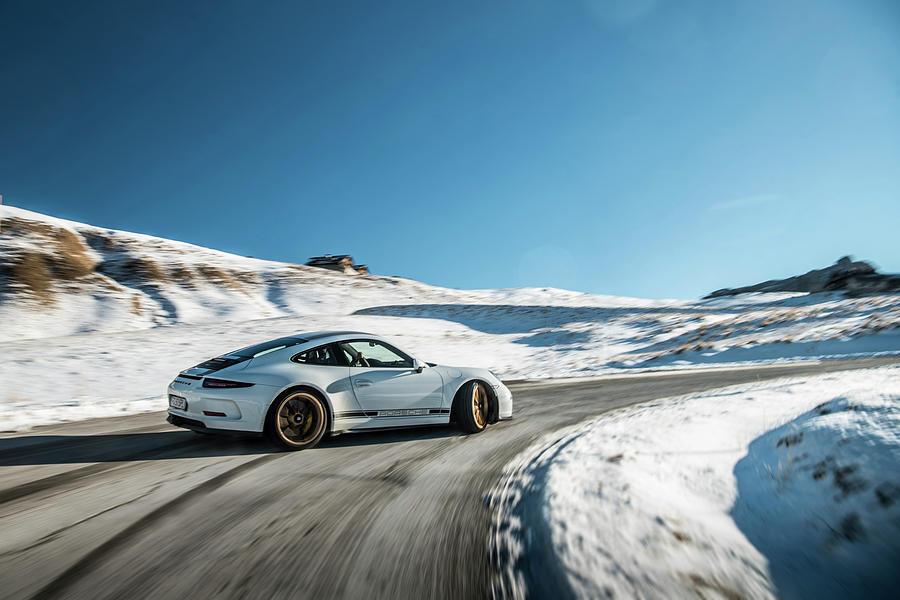 Porsche 911r Powerslide Photograph by George Williams