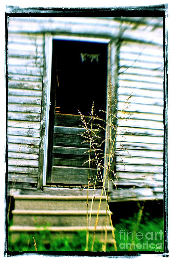 Lensbaby Photograph - Portello Posteriore by Scott Pellegrin