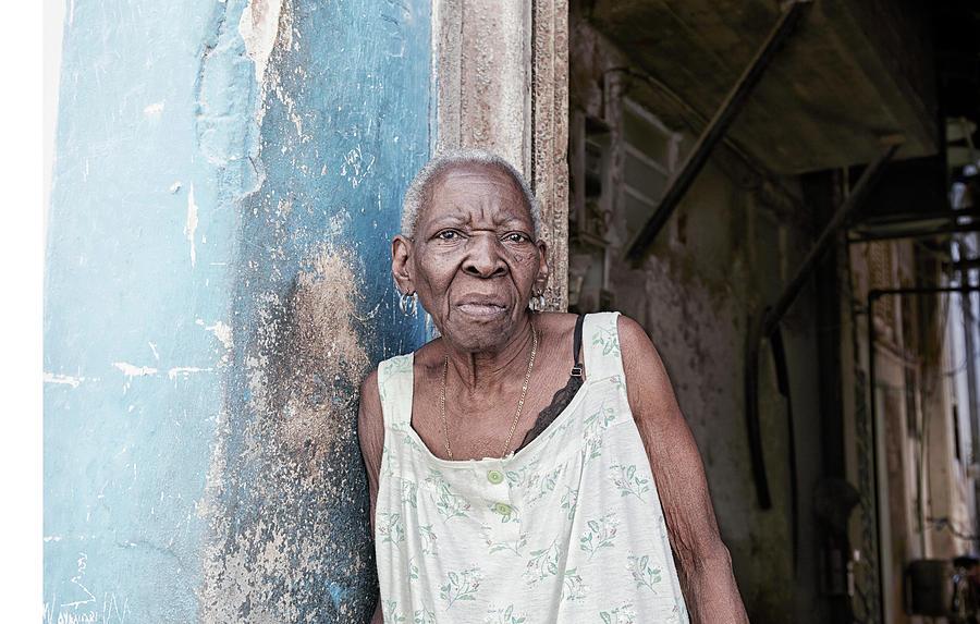 portret of a cuban women in havana tjeerd kruse The Fourth of July and Cuban Women