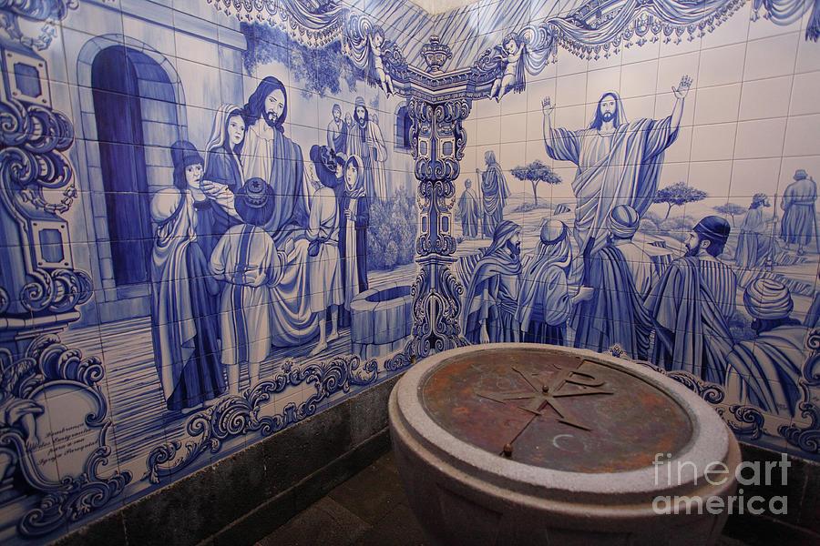 Azulejo Photograph - Portuguese Azulejo Mural by Gaspar Avila
