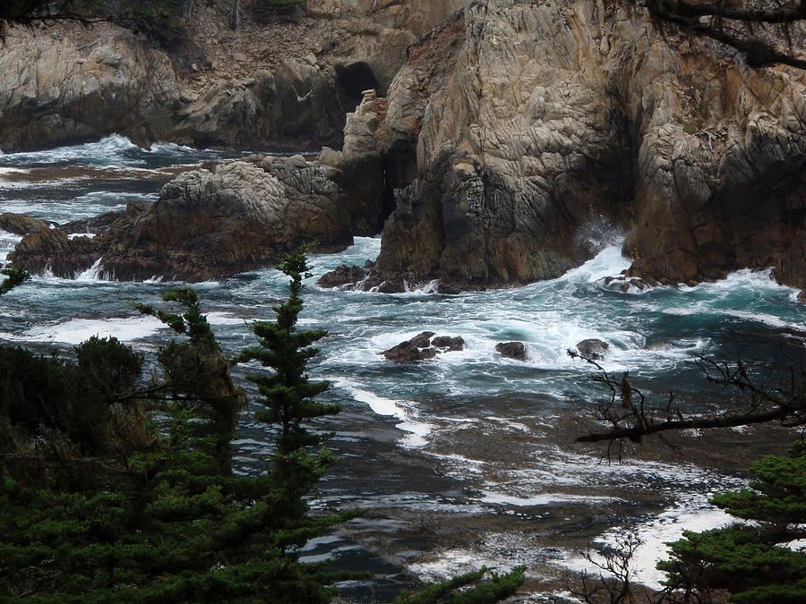 Landscape Photograph - pr 118 - The Claw the print by Chris Berry