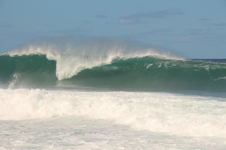 Wave Photograph - Prime Peak by Benen  Weir