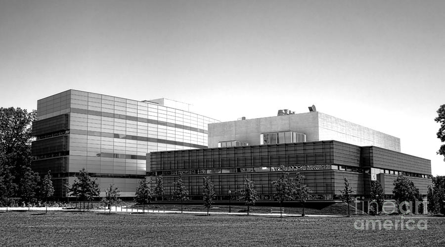 Princeton Photograph - Princeton University Neuroscience Institute And Peretsman Scully by Olivier Le Queinec