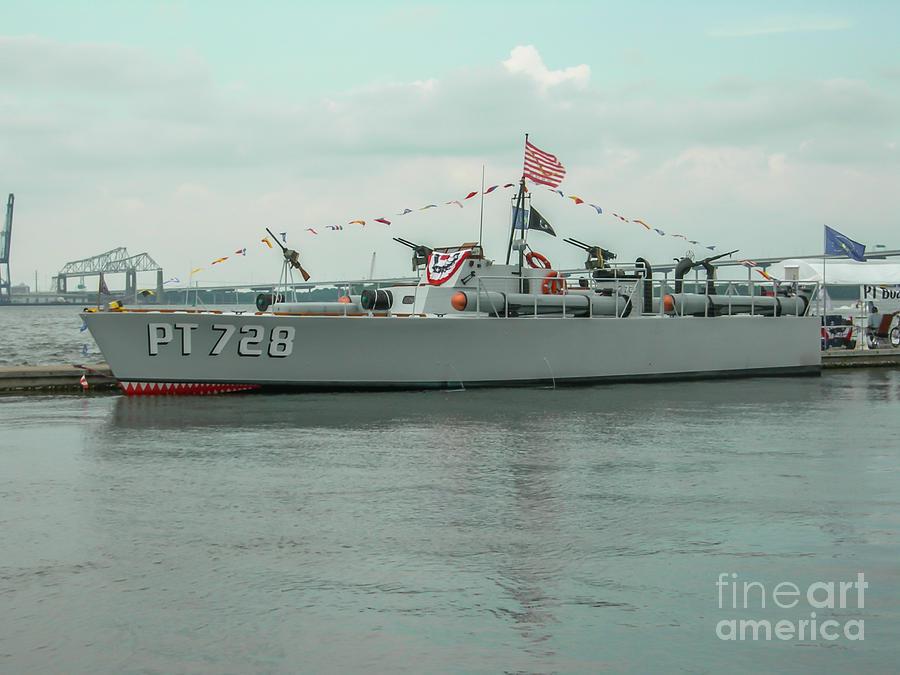 Pt 728 Motor Boat Photograph