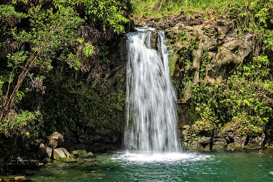 Hawaii Photograph - Puaa Kaa Falls by Jim Thompson