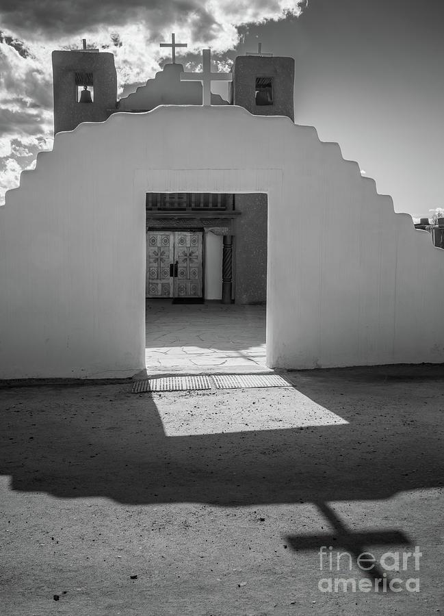America Photograph - Pueblo De Taos Cross by Inge Johnsson