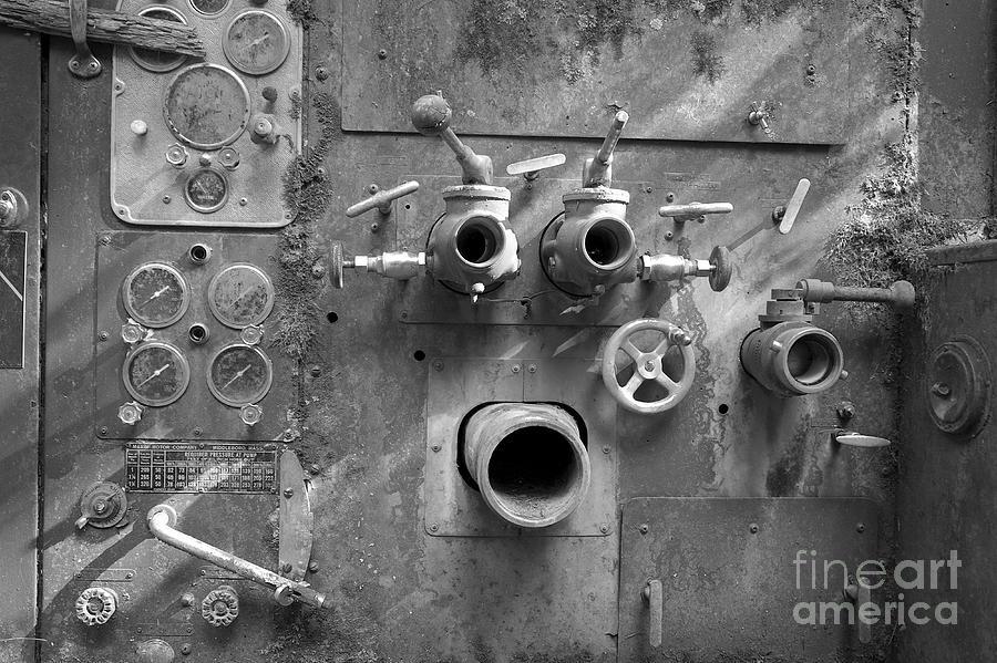 Engine Photograph - Pumper Panel by Arni Katz