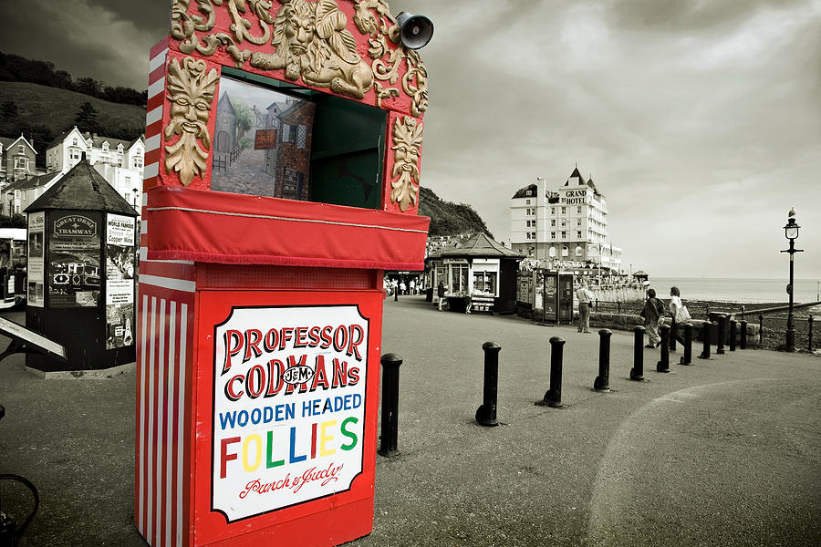 Punch And Judy Photograph - Punch And Judy Theatre On Llandudno Promenade by Mal Bray