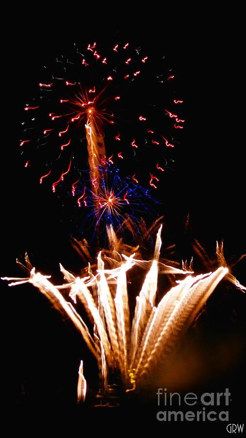 Fireworks Photograph - Purple Pazazz by Gina Welch