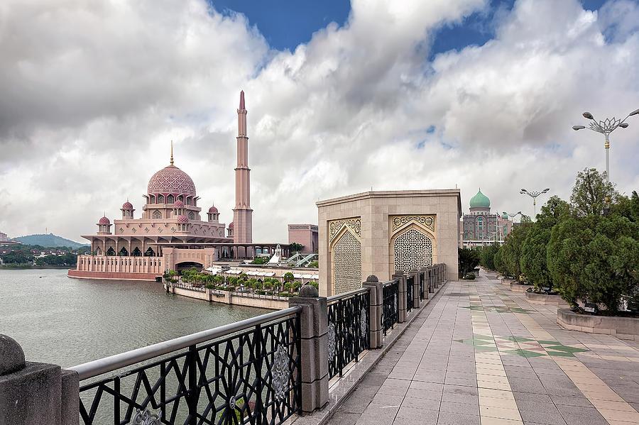 Putra Mosque Photograph - Putra Mosque by David Gn