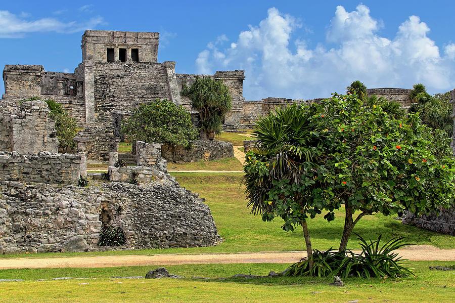 Pyramid El Castillo - Tulum Mayan Ruins - Mexico by Jason Politte