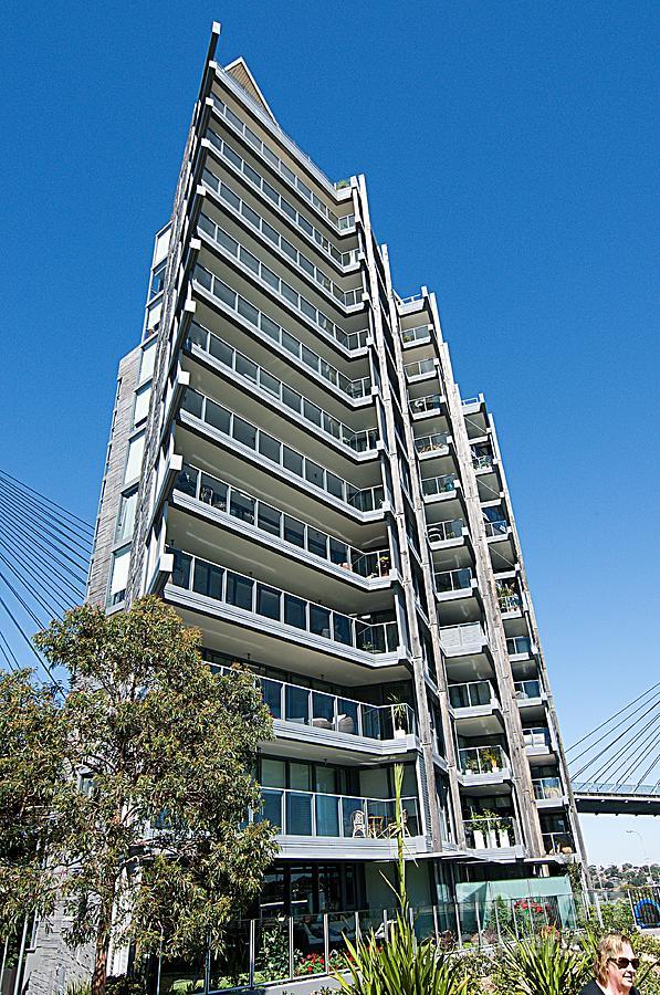 Pyrmont Apartments, Sydney, Australia. by Geoff Childs