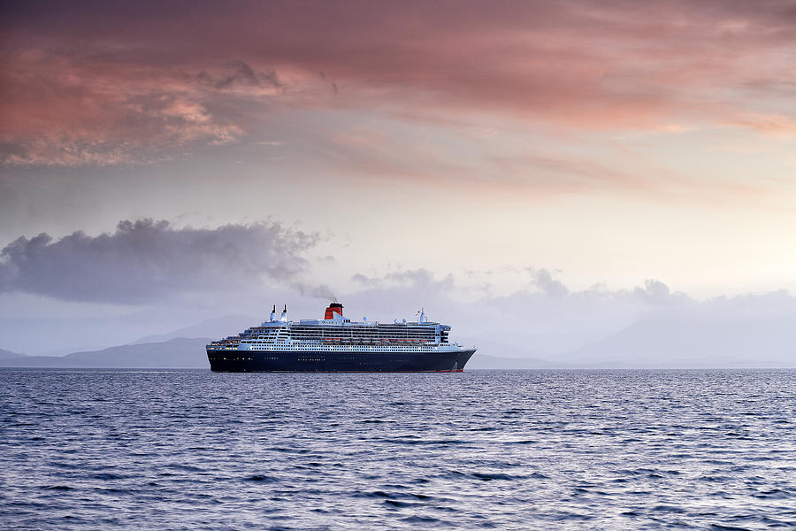 Ocean Liner Photograph - Queen Mary 2 by Grant Glendinning
