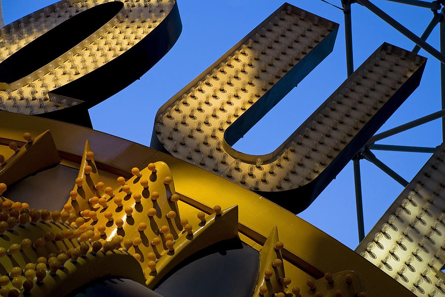 Architecture Photograph - Queen of Hearts by Skip Hunt