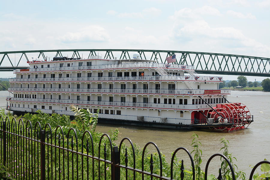 Queen Of The Mississippi Photograph