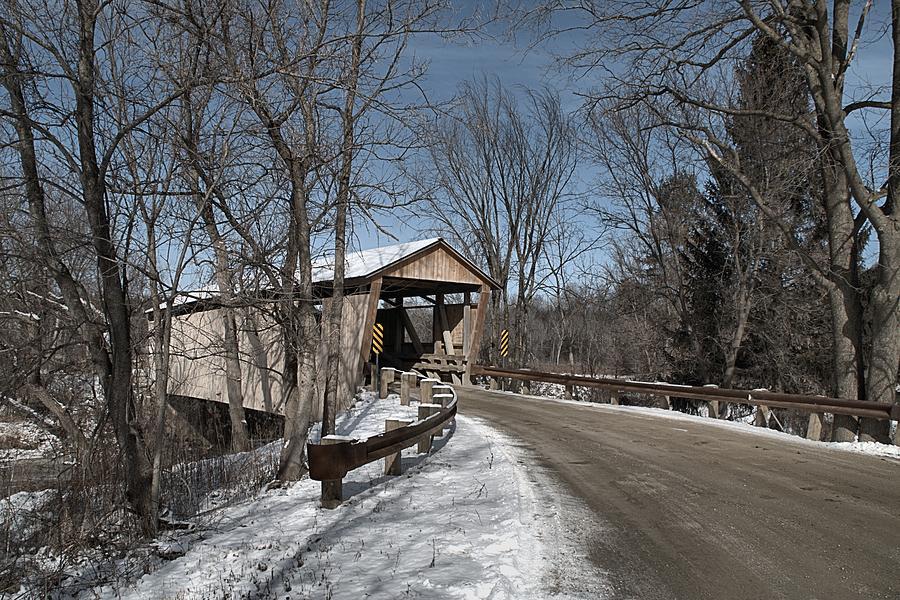 Quinlan Covered Bridge by Wayne Toutaint