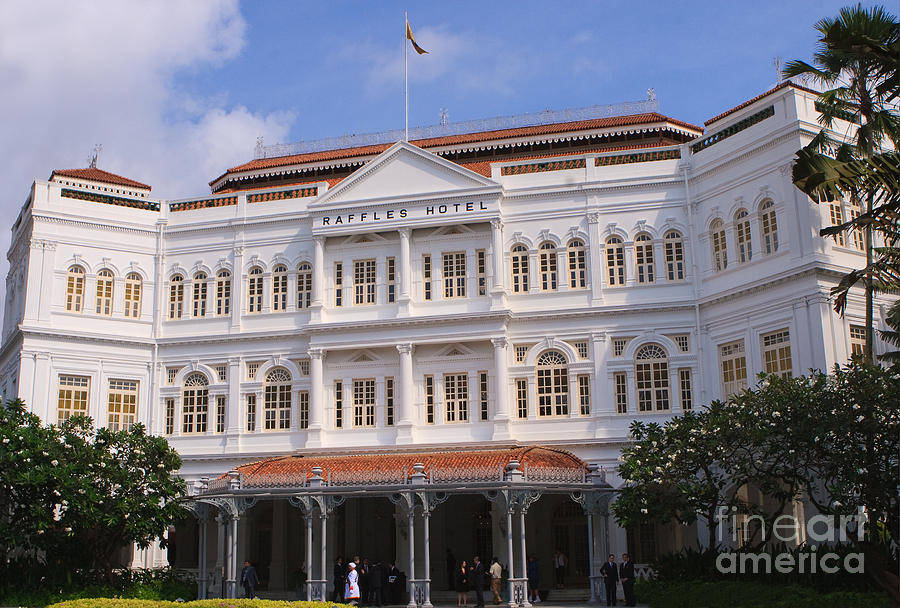 Sir Photograph - Raffles Hotel - Singapore by Pete Reynolds