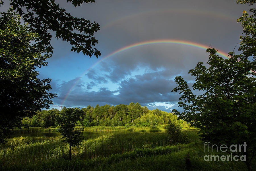 Rainbow Over Uxbridge-4815 by Steve Somerville