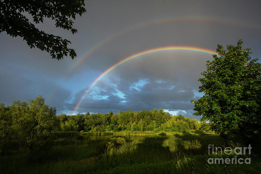 Rainbow Over Uxbridge-4828 by Steve Somerville