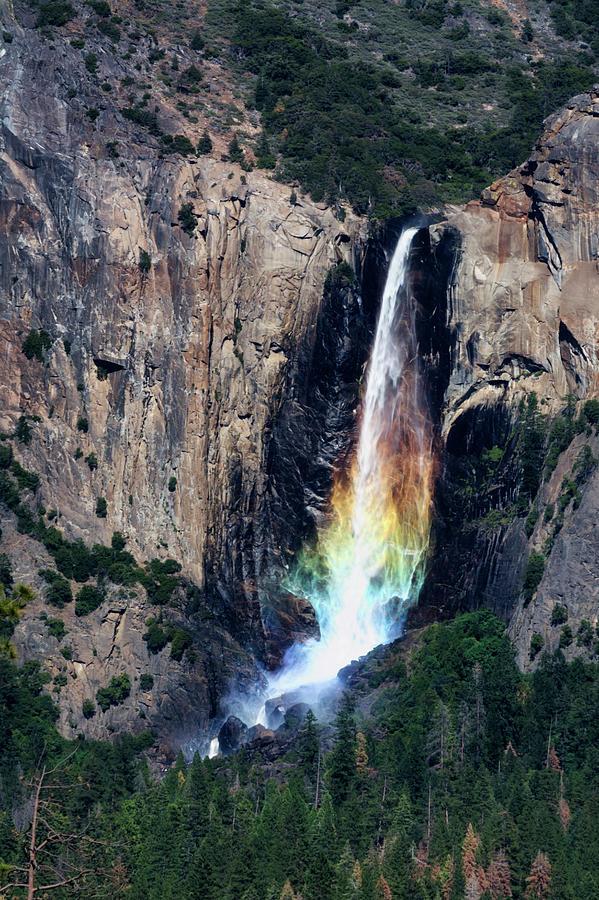Bridal Veil Falls Photograph - Yosemite Bridalveil Falls Rainbow by Doug Holck