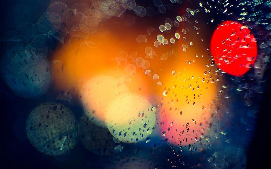 Raindrops Digital Art - Raindrops by Dorothy Binder