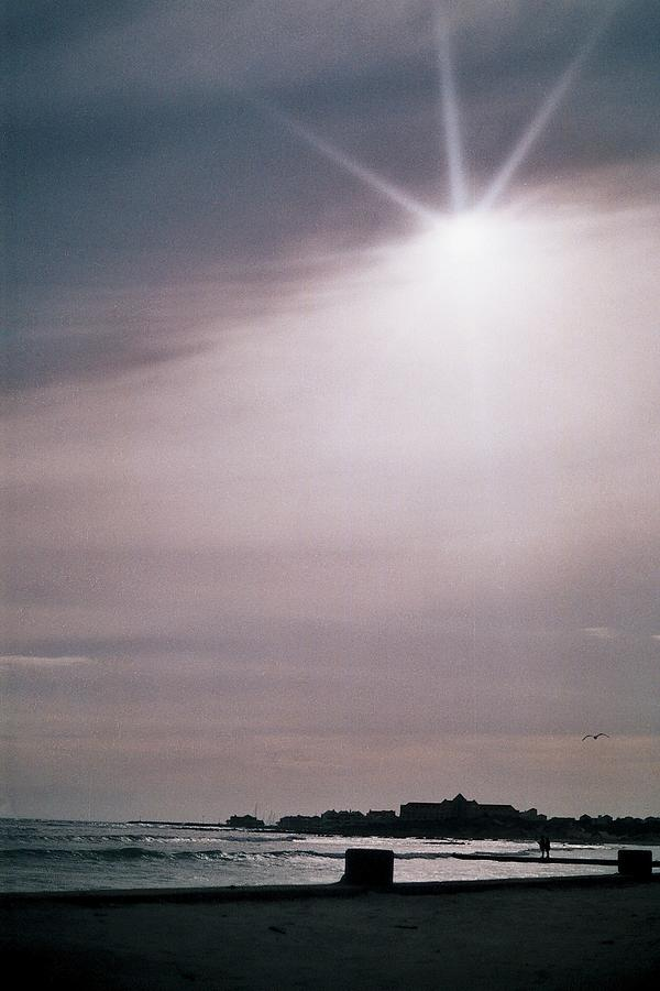 Dusk Photograph - Rays Of Light by Paul Woods