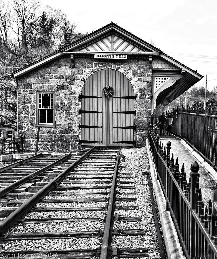 Ellicott City Photograph - Receding Lines IIi by Kathi Isserman