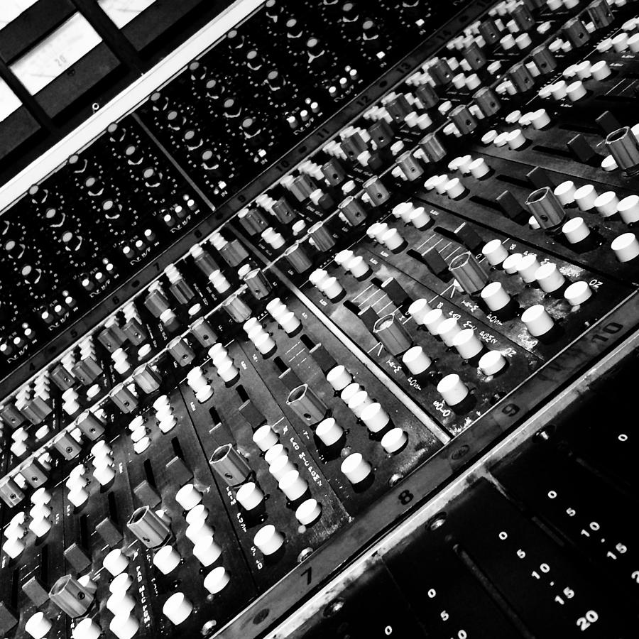 Recording Console by Treble Stigen