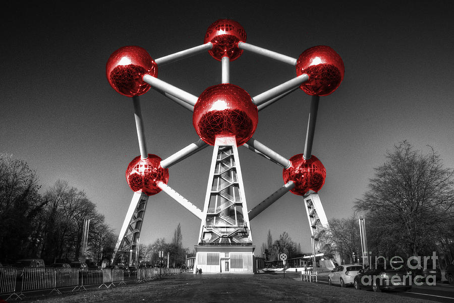 Atomium Photograph - Red Atomium by Rob Hawkins