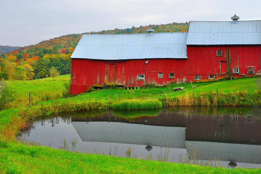 Barn Photograph - Red Barn On Jenne Farm by Luke Moore