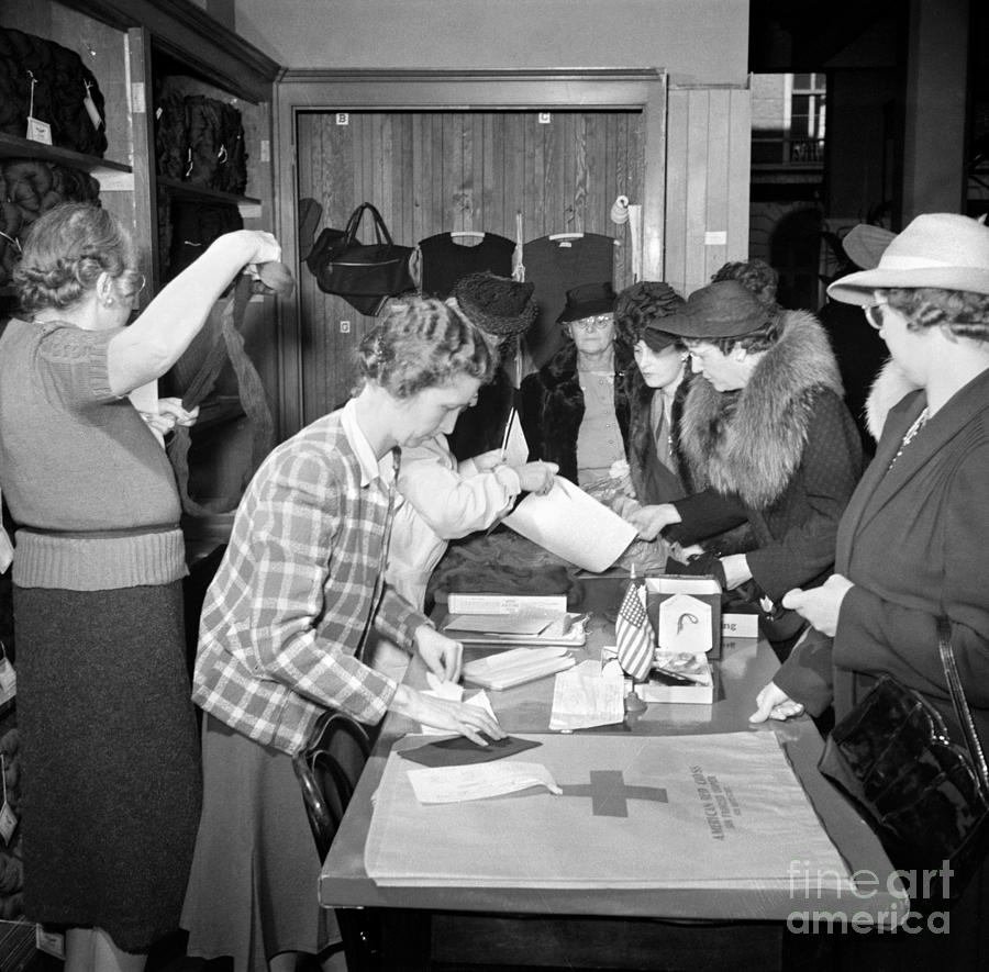 1941 Photograph - Red Cross, 1941 by Granger