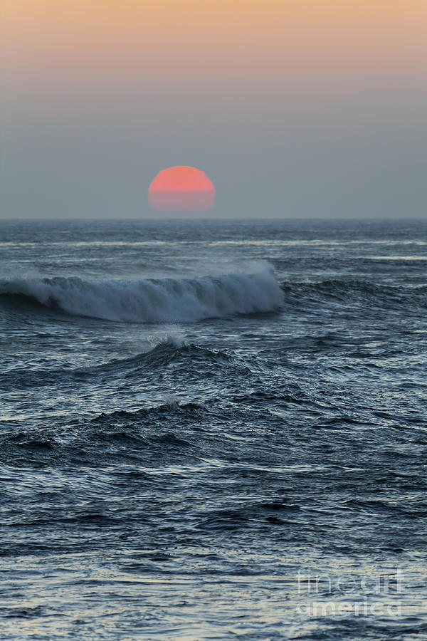 Red Photograph - Red Sun with Wave by Sharon Foelz