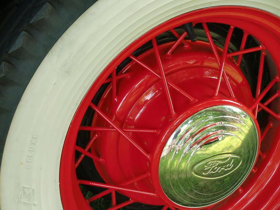 Vintage Auto Photograph - Red Wheels by Richard Mansfield