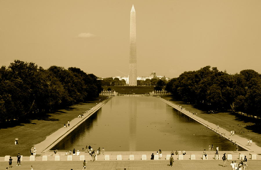 Reflecting Pool Photograph - Reflecting Pool Of The Washington Monument by Aimee Galicia Torres
