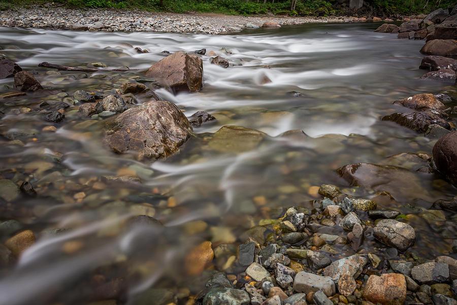 Refreshing Photograph - Refreshing by Calazones Flics