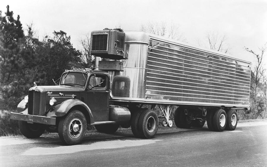 1940s Photograph - Refrigerated Semi Trailer by Underwood Archives