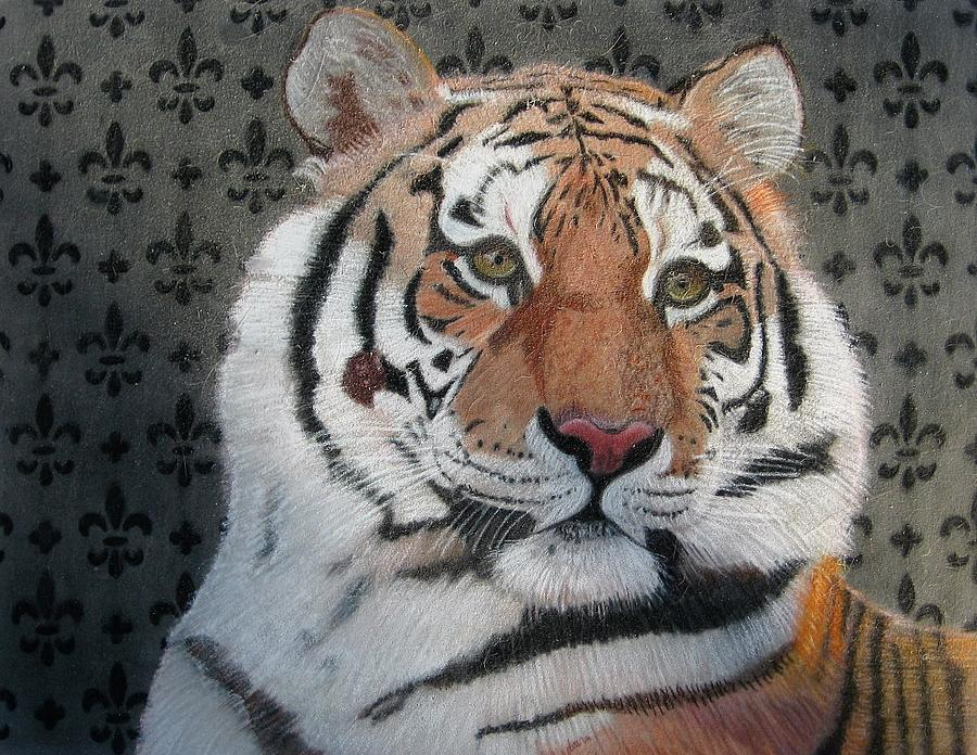 Tiger Drawing - Regal Tiger by Lori Hanks