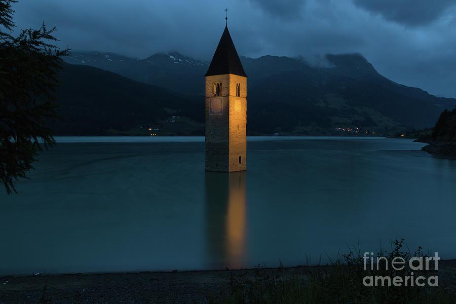 Reschensee Photograph - Reschensee By Night by Yair Karelic